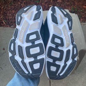 Hoka One One Shoes - Women's Hoka One One Bondi 6